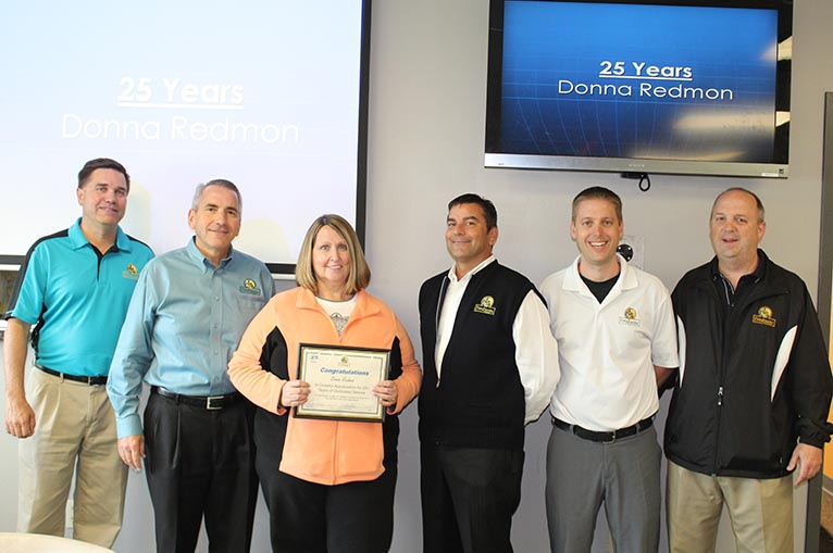 Donna Redmon receives 25 year service award