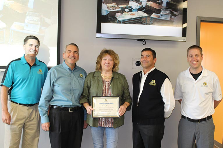 Glenna Murray receives 20 year service award