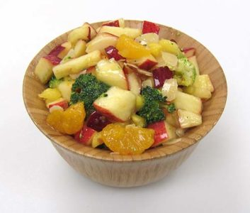 Tangy_Broccoli_Fruit_Salad